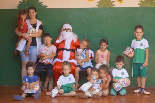 (Distrito Jandinopolis) Entrega de Presentes Natal 2018