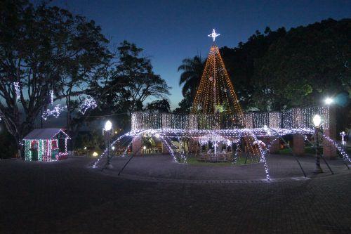 Decoração de Natal em Leópolis 2018