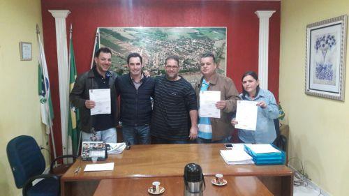 Deputado Alexandre Guimarães libera 390 mil reais para aquisição de veiculos