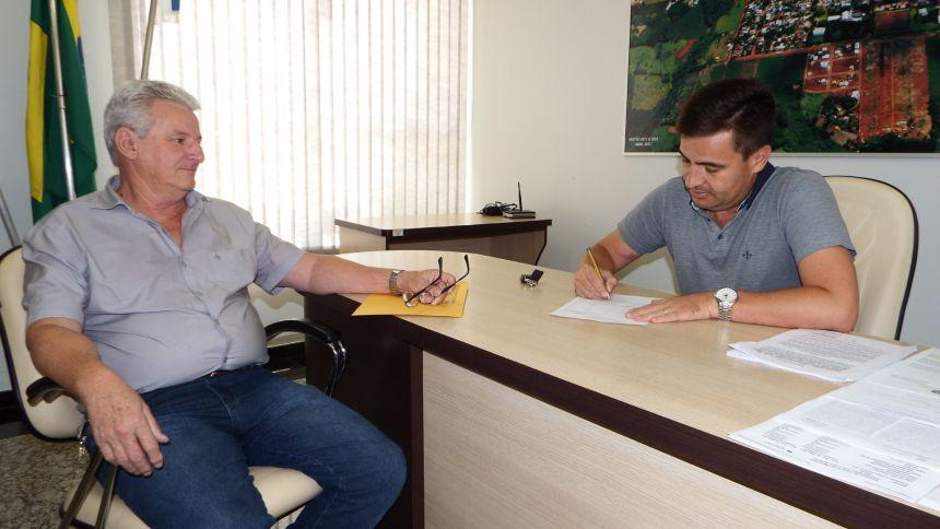 Servidores municipais receberam o salário de fevereiro antecipadamente