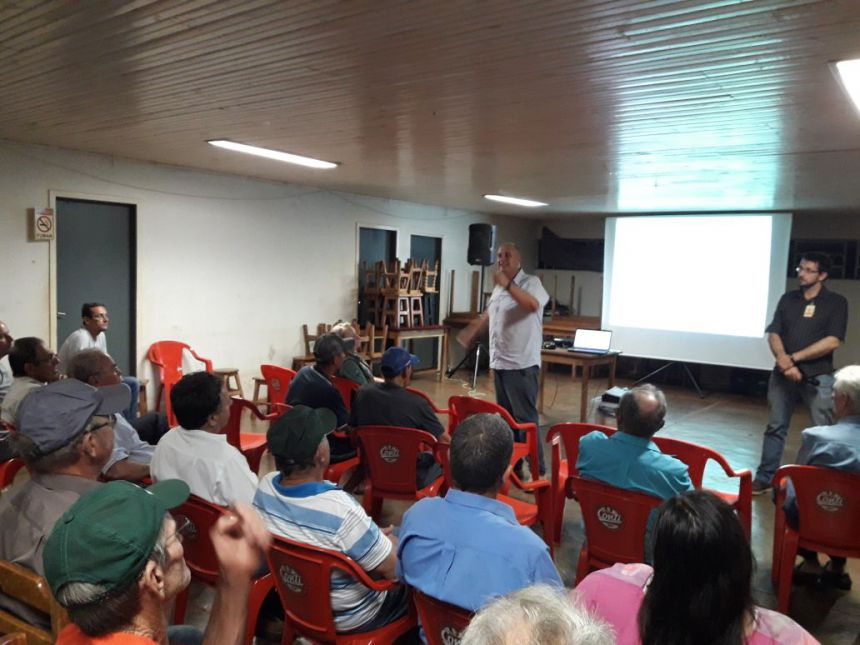 Reuniões definem cascalhamento das Estradas Ipê, Roma e Quati e o calçamento poliédrico da Estrada Botucatú (Central)