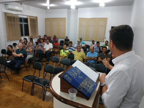 Prefeito Junior Weiller fala aos vereadores sobre investimentos em Jesuítas. 7 Milhões e 550 Mil Reais para Asfalto, em Jesuítas e Carajá, Ciclovia, Praças e outras obras.