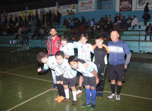 Pequenos atletas fazem a festa nas finais da 7ª Copa Casa da Criança em Jesuítas