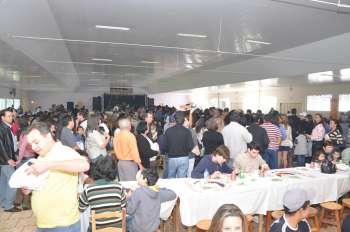 1.500 pessoas no almoço do Leitão na Grelha - O prato típico do município foi um sucesso, aproximadamente 1500 pessoas puderam saborear o Leitão na Grelha