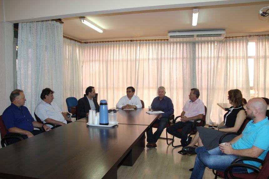 Cafelândia realiza primeira reunião com equipe de transição