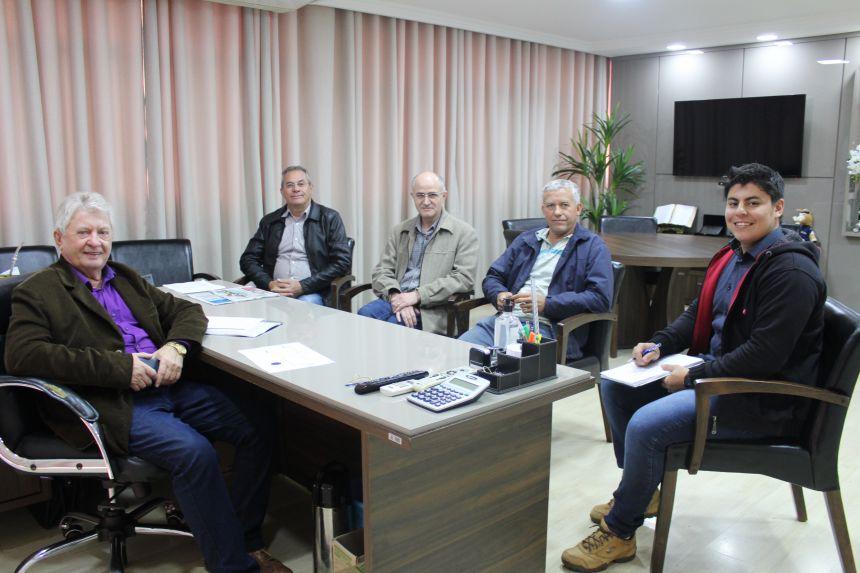 Prefeitos conversam sobre parceria para revitalizar pontes das estradas rurais dos municípios