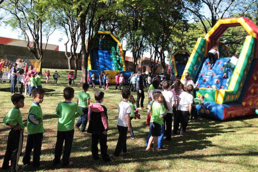 Secretaria de Educação promove dia especial para as crianças