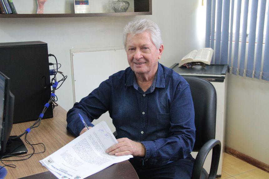 Prefeito Dr. Franus assina convênio sobre a Unidade de acolhimento de menores