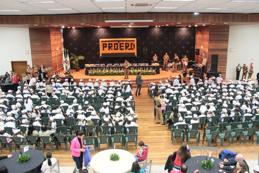 Proerd forma 282 alunos em Cafelândia