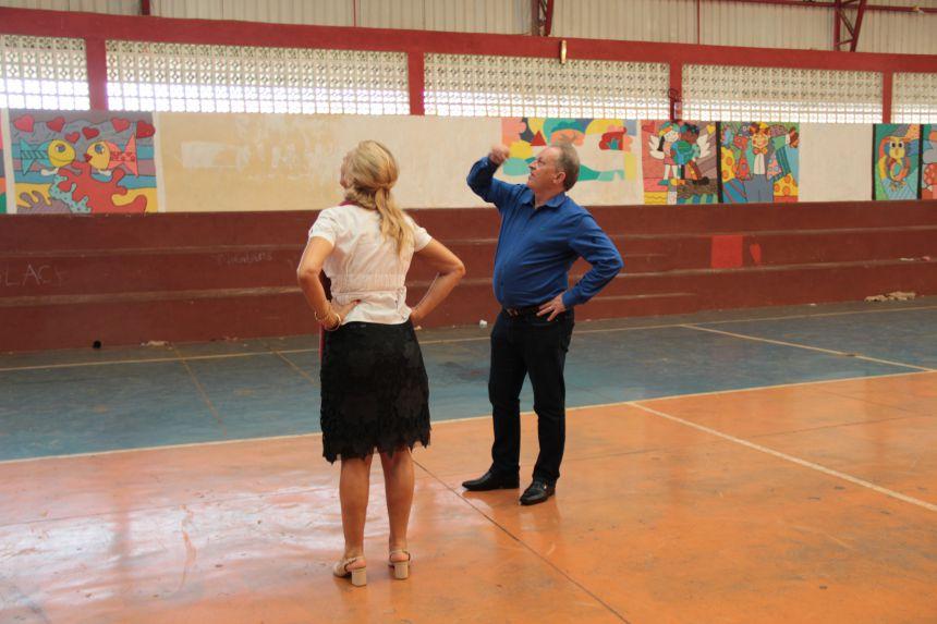 Prefeito Lorenço Pierdoná e Secretária de Educação, Rozane Pitol, visitam reformas nas escolas