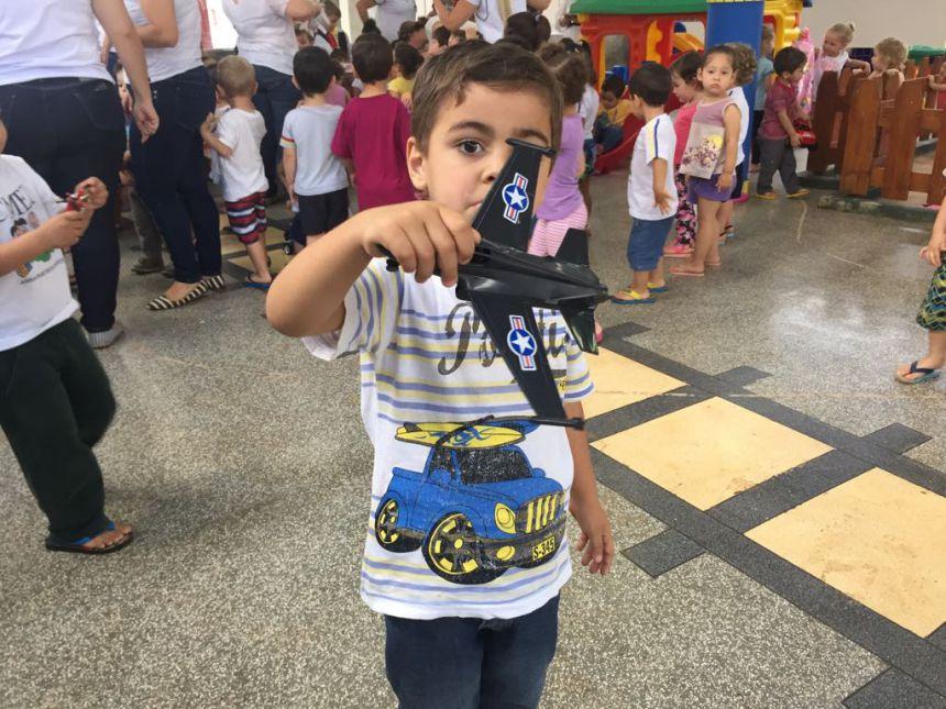 CMEI Anna Franus recebe doação de brinquedos do CTG - Chão Sagrado de Cafelândia