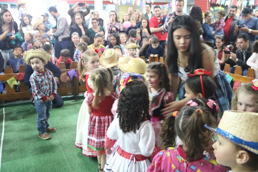 Arraiá no CMEI Anna Parcheta Franus de Cafelândia