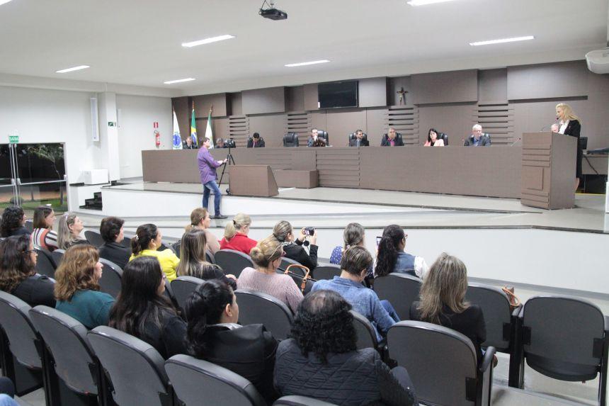 Gestão Dr. Franus e Lorenço investe mais de R$ 1 milhão em melhorias na educação