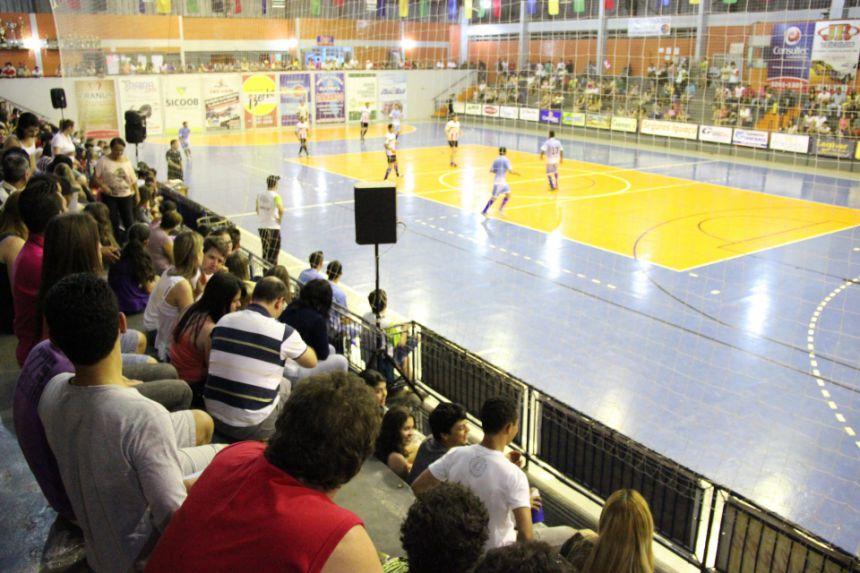 Finais do Campeonato Municipal acontecem hoje no Ginásio de Esportes