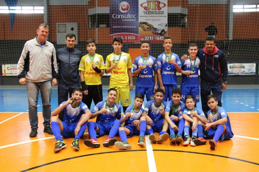 """Futsal Masculino """"B"""" de Cafelândia é campeão dos Jogos Escolares"""