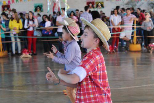 Escola Theofânio de Cafelândia realiza Festa Junina
