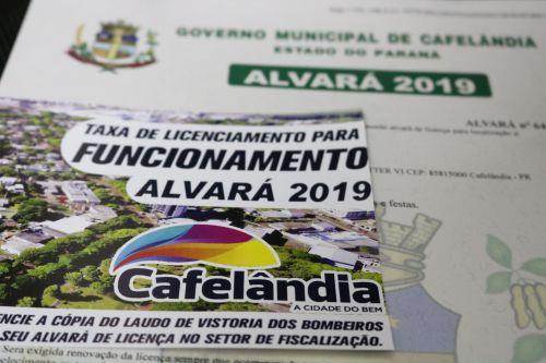 Alvará 2019 começa a ser entregue aos empresários de Cafelândia