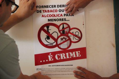 Secretaria de Assistência Social promove campanha contra o alcoolismo e tabagismo para menores