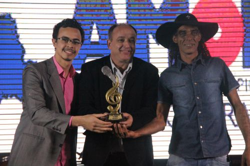 Negrito e Weslen Viola de Cafelândia classificam no Xlll Fermop