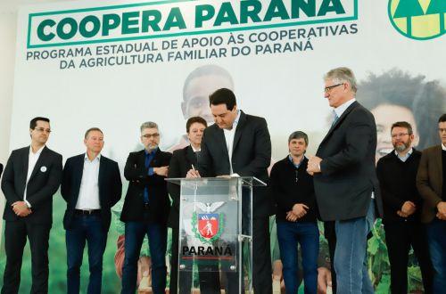 Cafelândia participa do lançamento do Programa de Apoio ao Cooperativismo da Agricultura Familiar