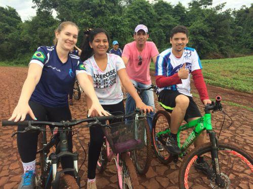 Escola Municipal André Luiz realiza o 1º Passeio Ciclístico entre pais e filhos