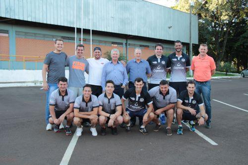 Prefeito Dr. Franus e vice Lorenço Pierdoná participam de reunião com a equipe do esporte