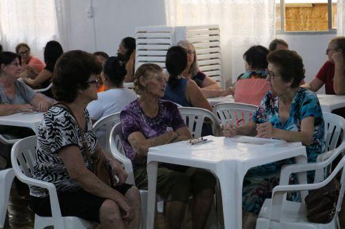 Vovós de Cafelândia comemoram o Dia da Mulher