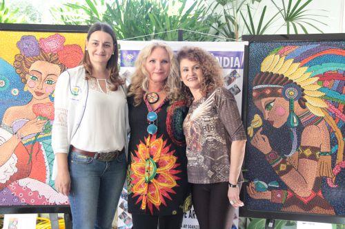 APAE de Cafelândia faz exposição de arte na Casa da Cultura