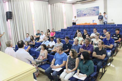 Dr. Franus reúne líderes das entidades não governamentais de Cafelândia