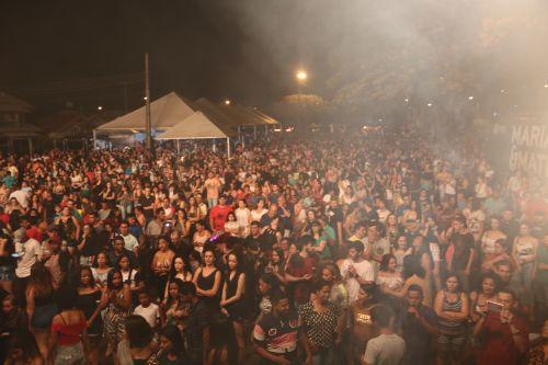 Cafelândia 37 anos: mais de 6 mil pessoas prestigiam os shows de sábado
