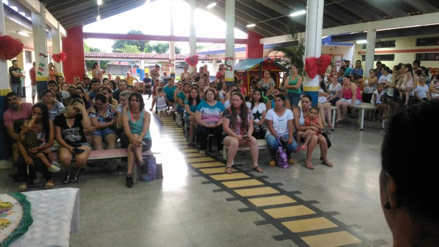CMEI Lugar de Gente Feliz realizou última reunião do ano mostra pedagógica