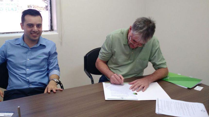 ASSEMU firma convênio de plano de Saúde para associados