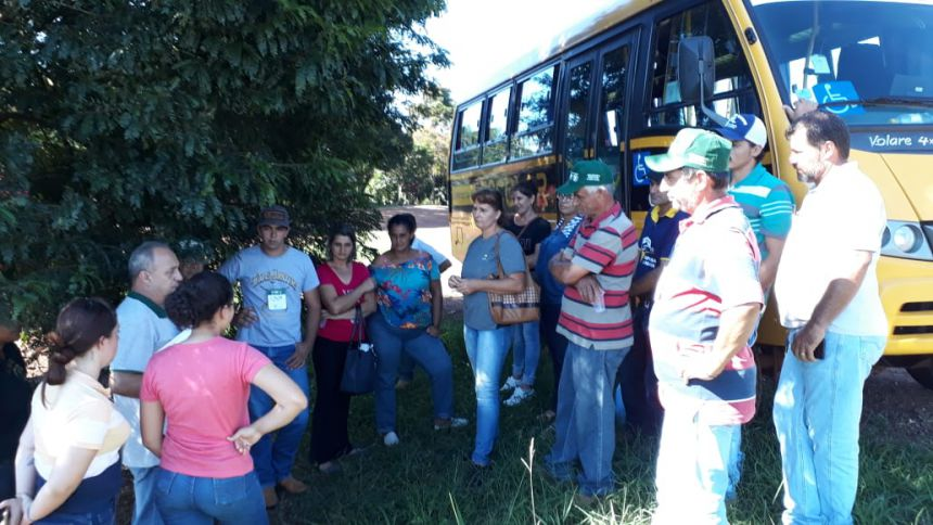 Curso de manejo e ordenha foi realizado em Ubiratã