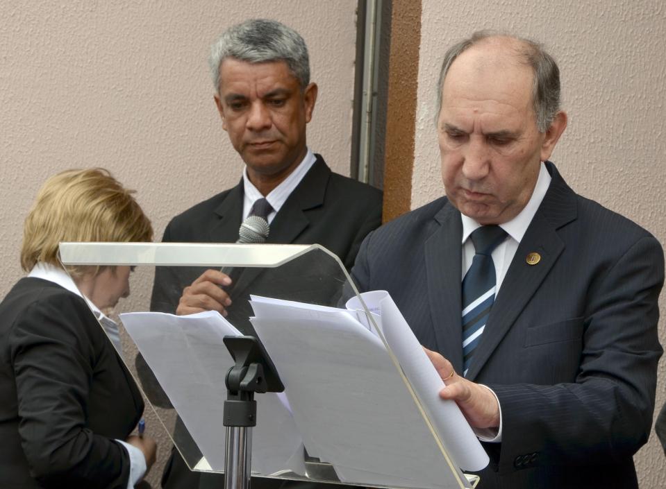 Presidente do TJ-PR assina documento que oficializou a comarca de Nova Aurora