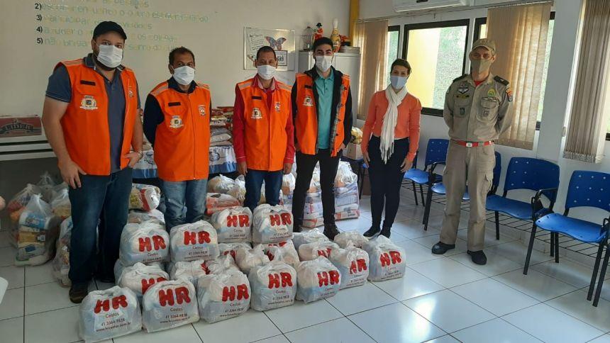 Ubiratã recebe doação de cestas básicas da Defesa Civil Regional