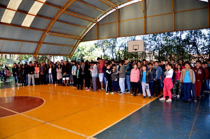 Semana da Pátria: apresentações nesta quarta-feira aconteceram no Colégio Cecília Meireles