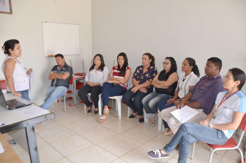 Empossados 8 novos servidores públicos municipais