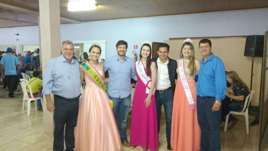 Ubiratanense comemoraram o aniversário do município com almoço solidário