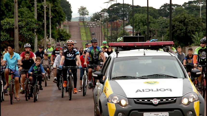 Passeio ciclístico e muitos prêmios no aniversário de Ubiratã