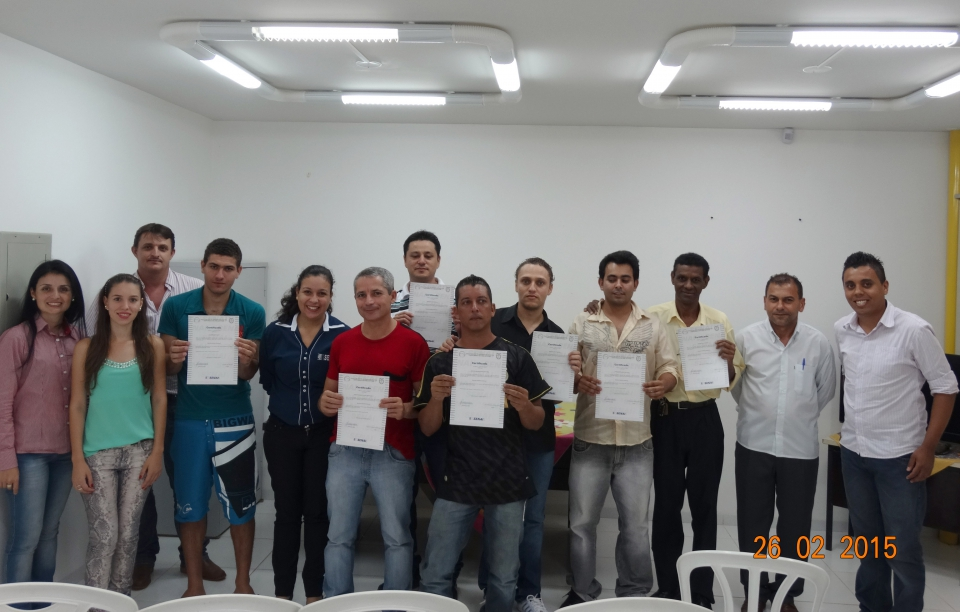 Formandos do curso de eletricista