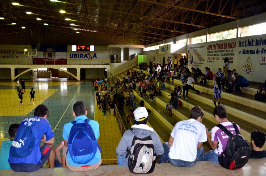 Fase Municipal dos Jogos Escolares do Paraná começou segunda e prossegue até sexta-feira
