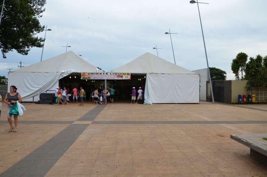 Praça Horácio José Ribeiro tem seu espaço aproveitado pela Ubiratã Liquida