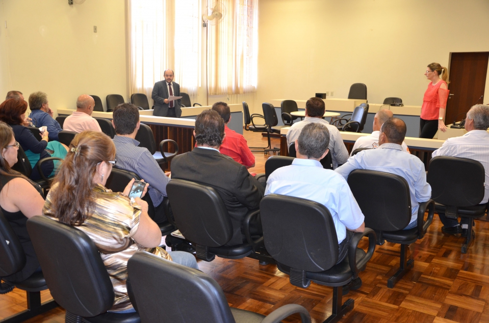 Com a elevação da Comarca, o Fórum de Ubiratã passaria a ter mais um juiz e mais um promotor