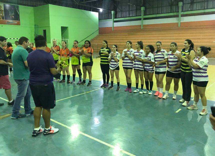 Equipe de handebol de Ubiratã é campeã da Copa Barbosa Ferraz
