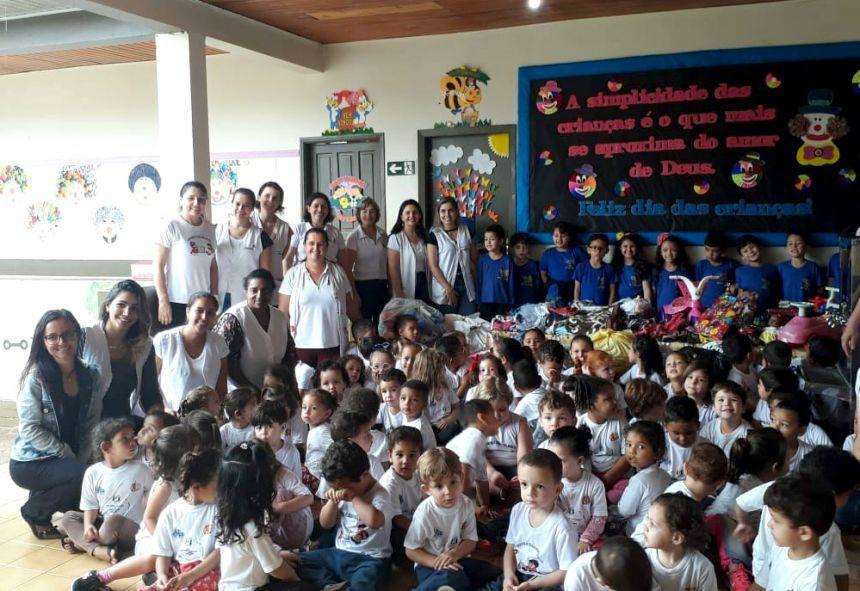 CMEI Nosso Lar recebeu visita da Escola Gente Miúda