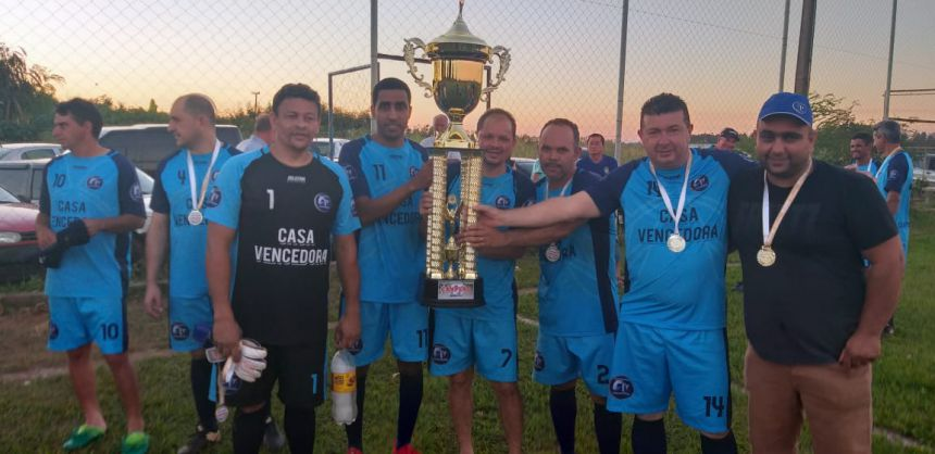 São João campeão da 1ª Copa Vencedora de Futebol Veteranos