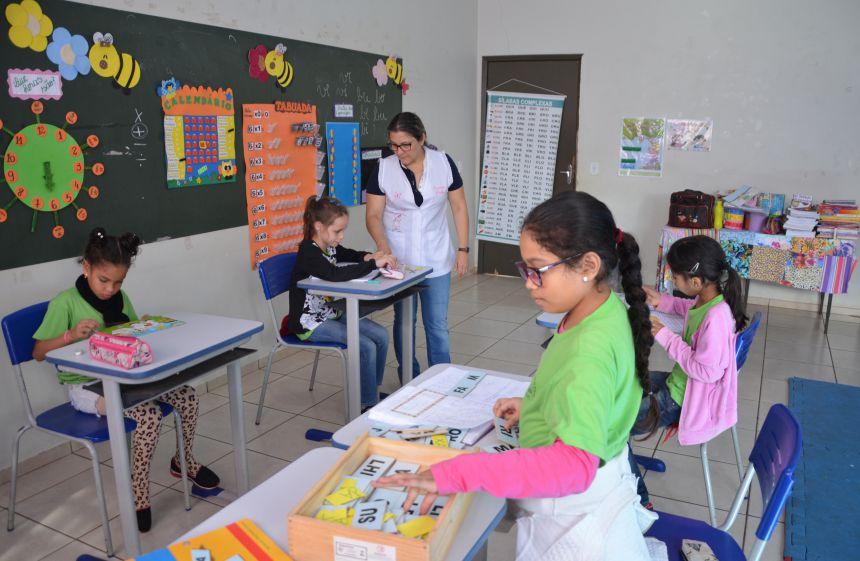 Escolas municipais e CMEIs de Ubiratã iniciam ano letivo 2019 nesta terça-feira