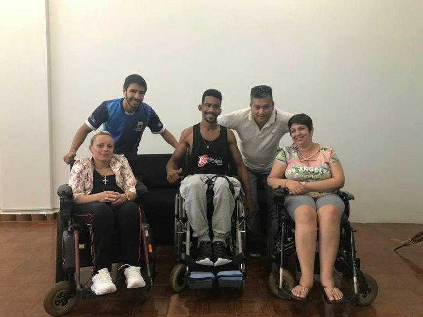 Jovem cadeirante de Ubiratã participou no Rio de Janeiro da maior corrida de rua do mundo