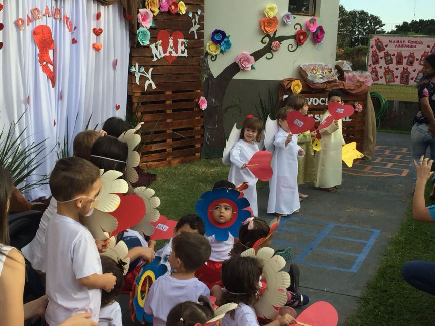 Dia das Mães foi comemorado no CMEI Dona Mariquinha
