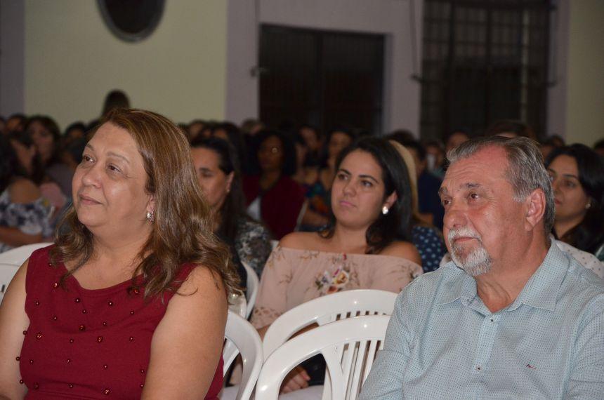 Professores de Ubiratã são homenageados
